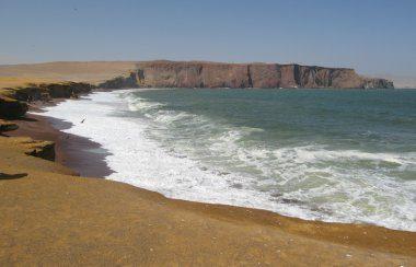 Red Beach, Peru