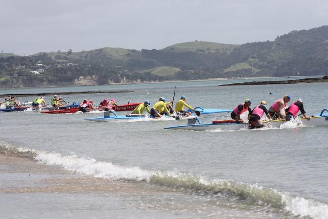 Canoe training day at Red Beach