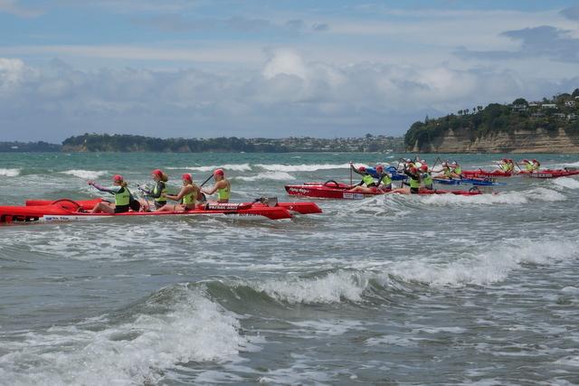 Canoe Training Day attracts 19 crews