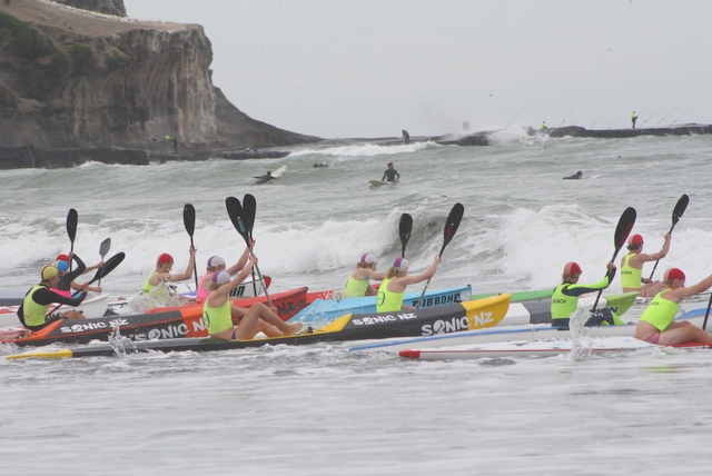 Second Interclub surf carnival at Muriwai