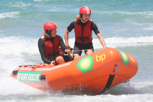 Two Red Beach IRB crews to race at 90 Mile Beach