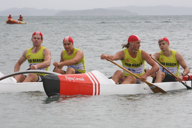 Red Beach retains iconic trophy