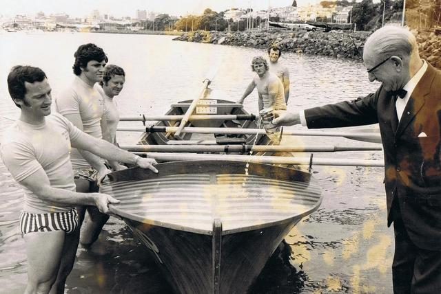 Reunion for Red Beach surf boat rowers